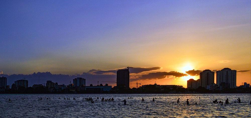Lac de l'Ouest à Hanoi