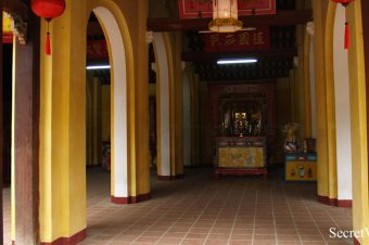 Cam Pho Temple
