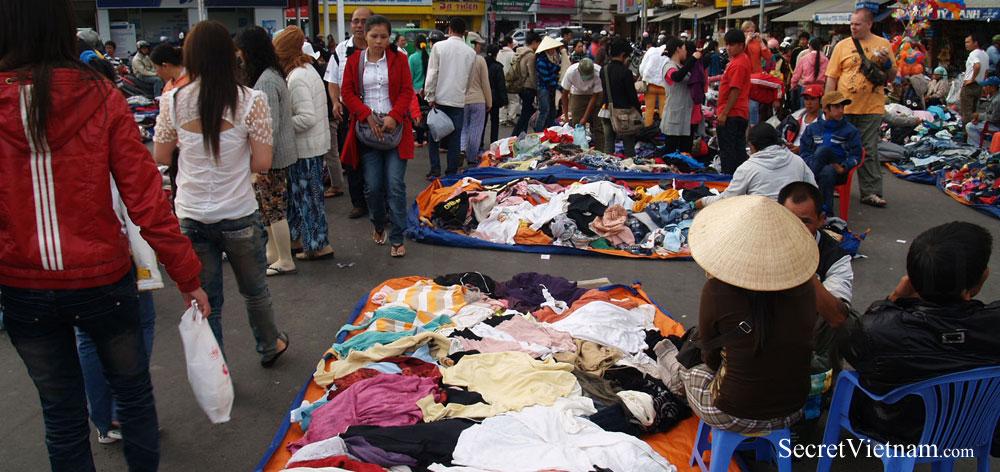 Central Market Cho Dalat