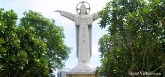 Christ of Vung Tau, Statue of Jesus
