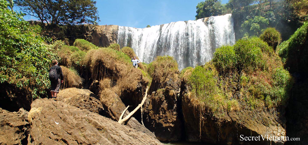 Elephant Falls (Lieng Rewoa Waterfall)