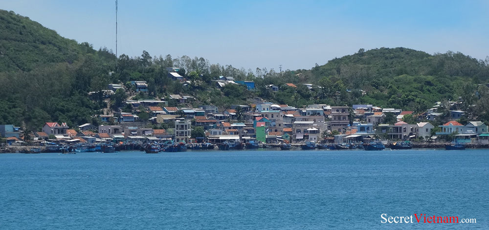 Fishermen Village at Mieu Island