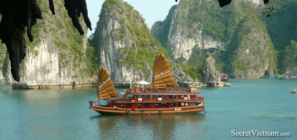 Halong Bay Full Day Tour