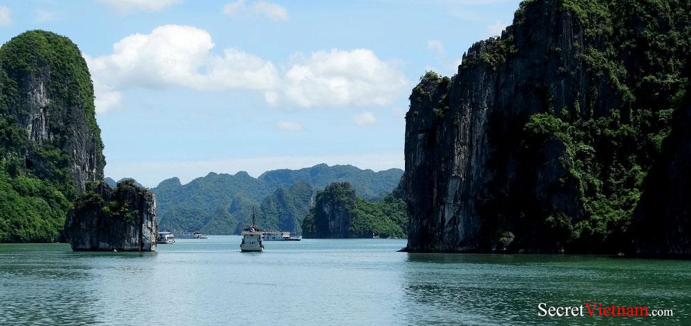 Van Don Island in Van Don Archipelago