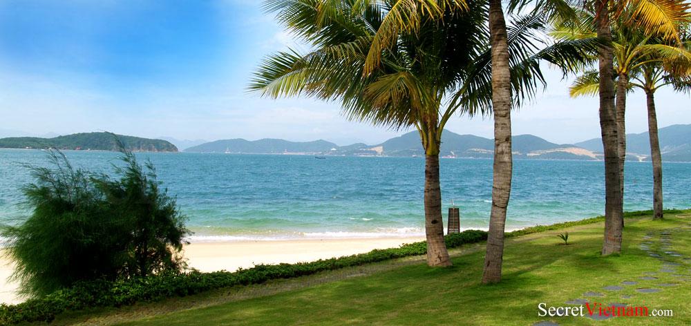 Hon Tam Eco Green Island