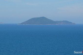 Mun Island, Hòn Mun, Ebony island in Nha Trang Bay