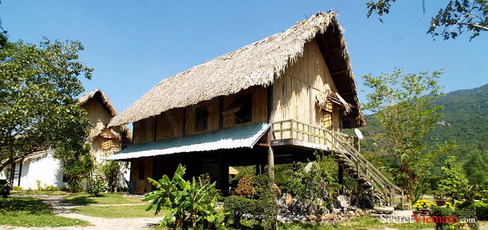 Orchid Stream island in Nha Phu Bay