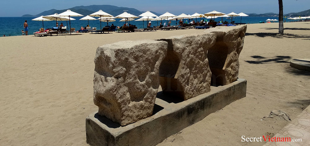 Sculpture in Nha Trang Beach Park