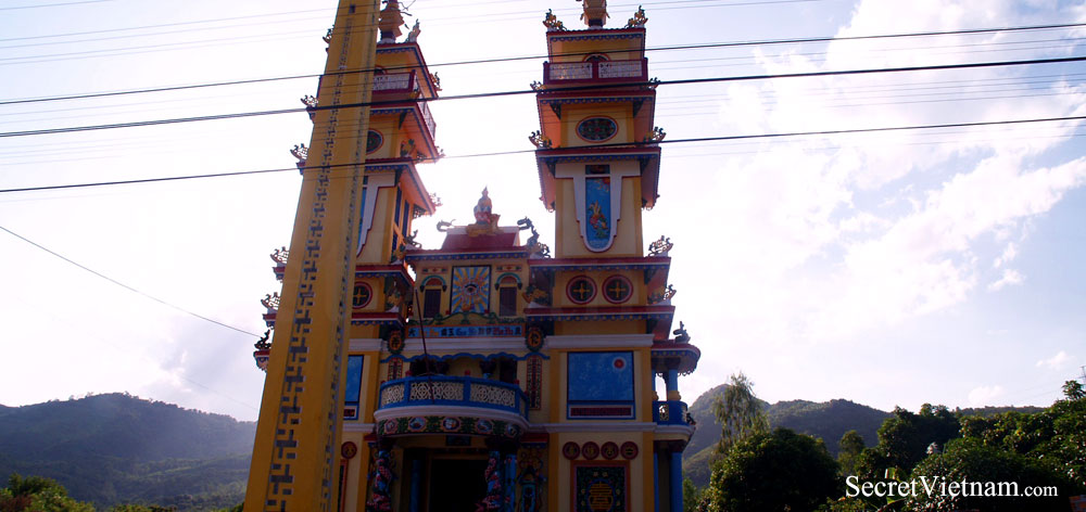 Thanh That Vinh Luong Temple