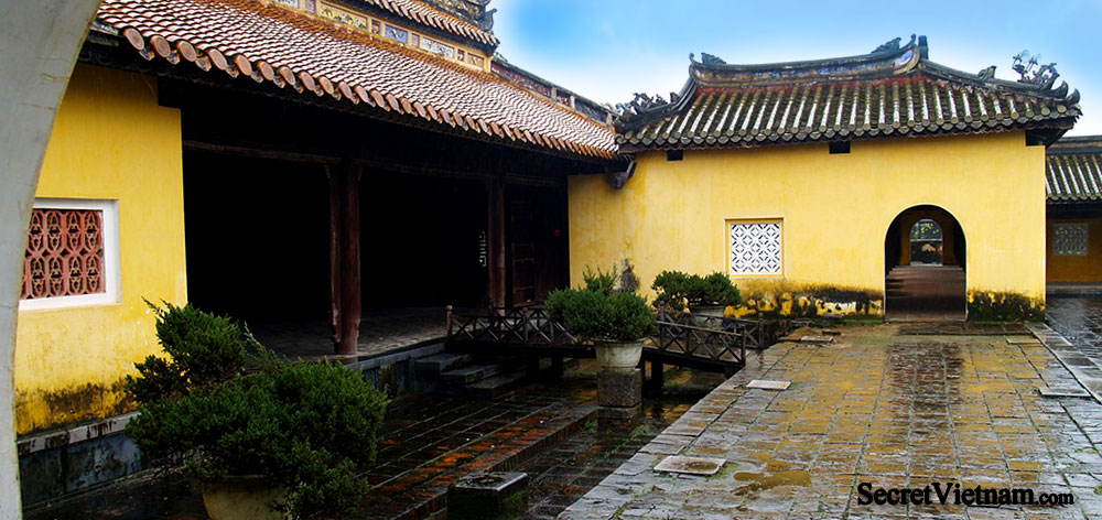 Truong Du Pavilion, Dien Tho Palace, Imperial City Hue