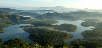 Tuyen Lam Lake, the biggest lake in Dalat