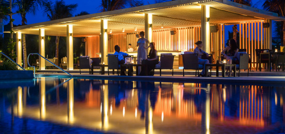 Pool Bar Salinda Resort in Phu Quoc Island