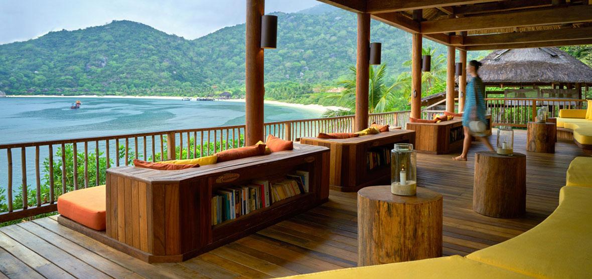 Drinks by the beach, Six Senses Ninh Van Bay