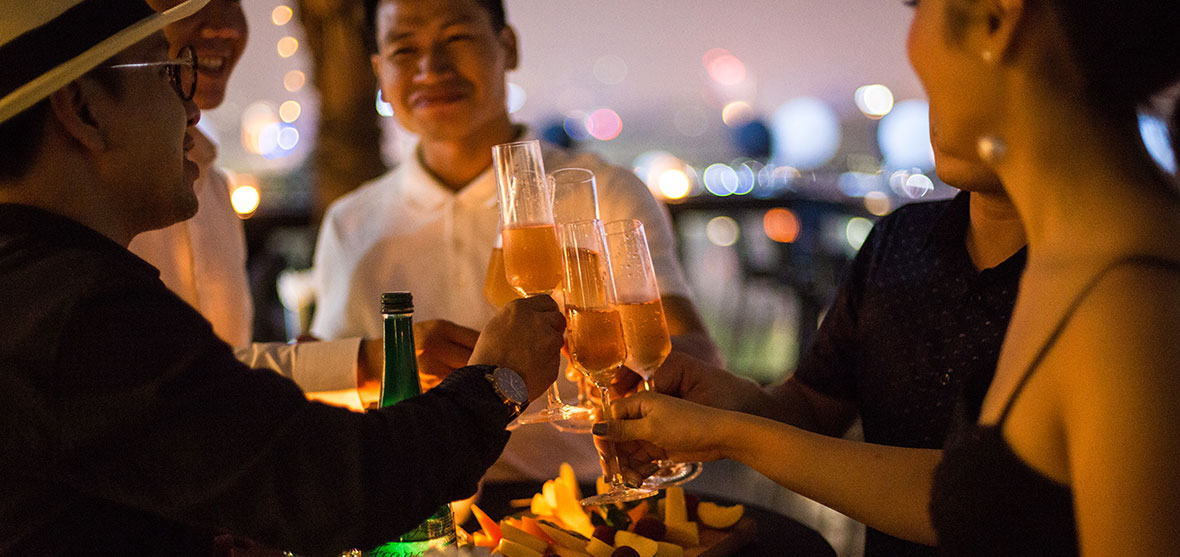 Twilight Sky Bar - The Rooftop of Hanoi